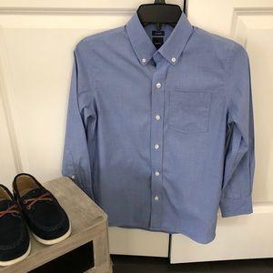 Boys GapKids non-iron dress shirt, size L
